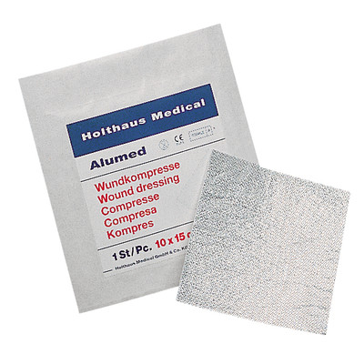 Alumed®  Wundkompresse, 10 x 10 cm | © Holthaus Medical, 2011